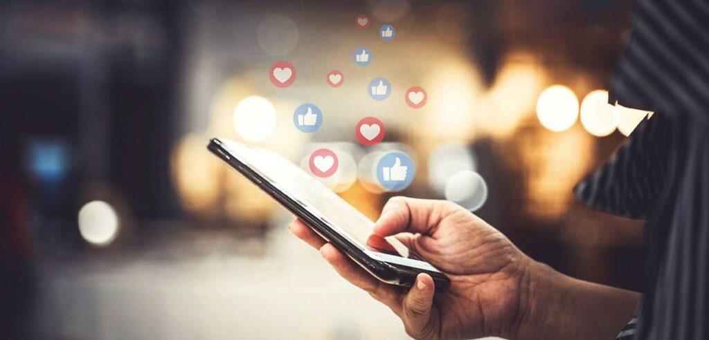 بازاریابی دیجیتال مارکتینگ با رسانه های اجتماعی